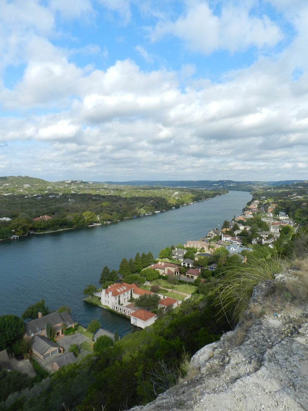 Photo Tale: on Top of Mt Bonnell
